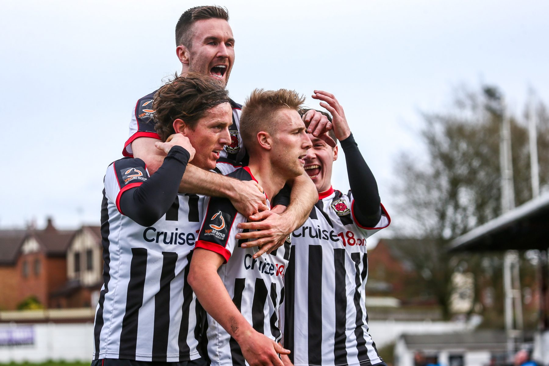 https://www.chorleyfc.com/wp-content/uploads/2019/03/TeamLeamington.jpg