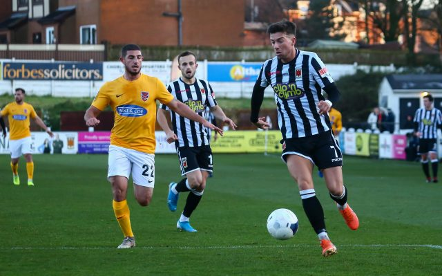 Alex Newby stunner seals points for Magpies