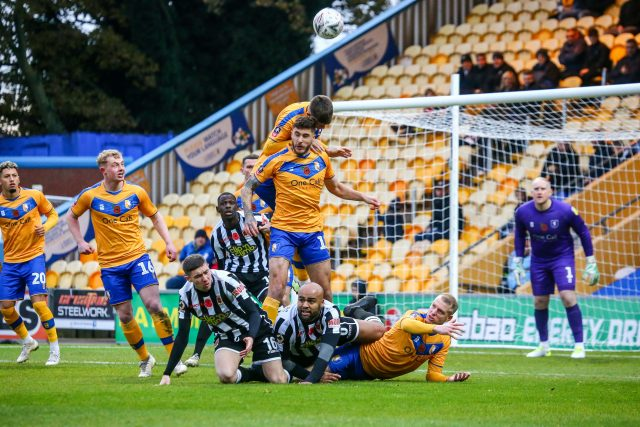 Magpies go down fighting at Mansfield