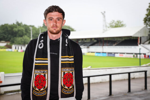 Birch becomes seventh new signing